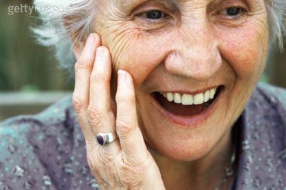 smiling-older-woman1